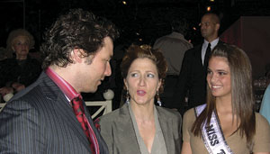 Rocco DiSpirito, Edie Falco, and Shelly Hennig