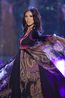 Miss Japan - Riyo Mori in evening gown