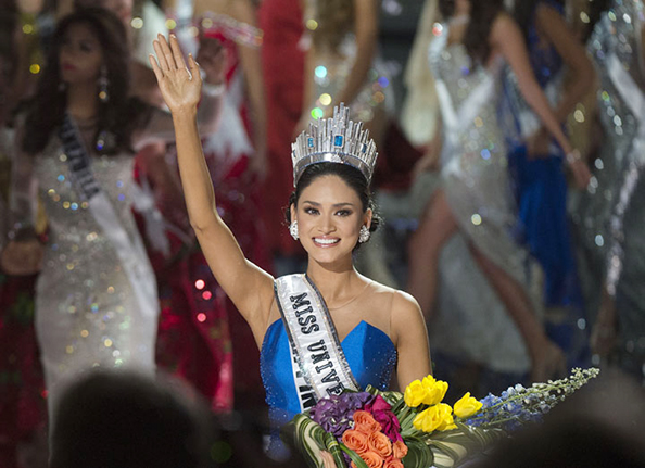 Miss Universe 2015 Pia Alonzo Wurtzbach is crowned